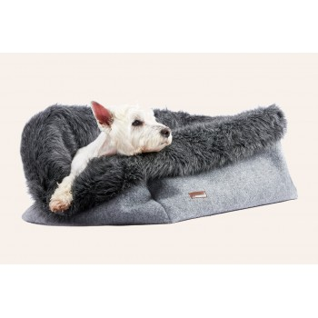 Majesty Pet Bed Medium